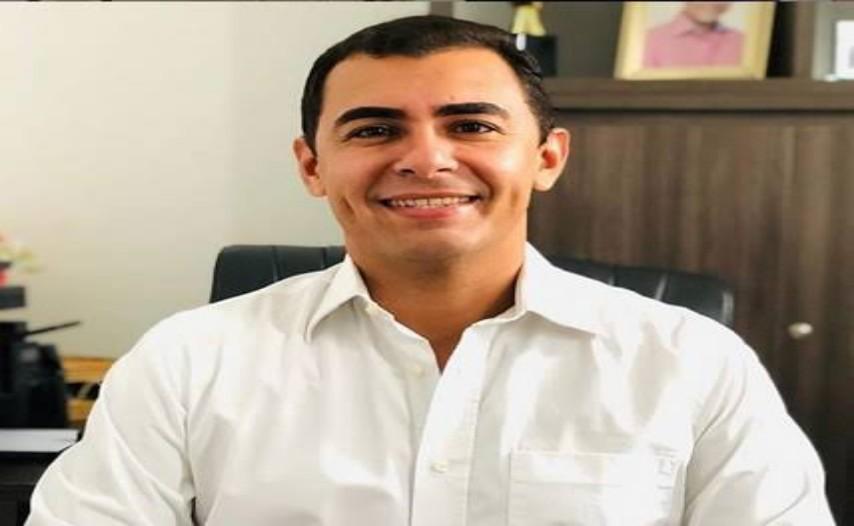 Segundo Santiago, ex-prefeito de Uiraúna; Foto: Cofemac